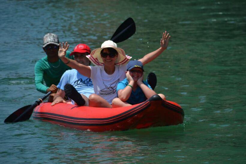 Phuket-canoeing-phangnga-bay (1)