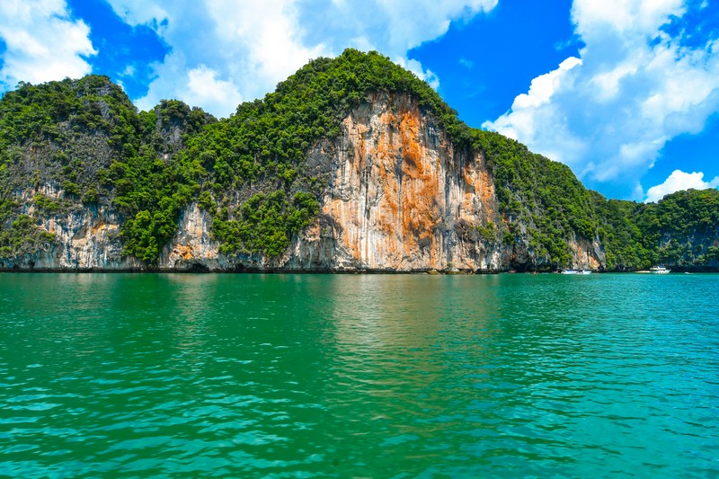 james-bond-island-big-boat (5)
