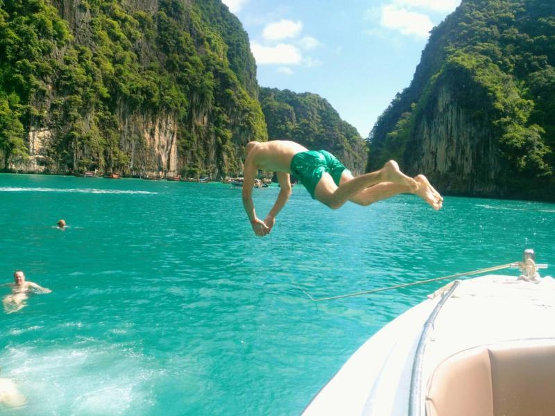Phi-Phi-Islands-Island-Dream-24